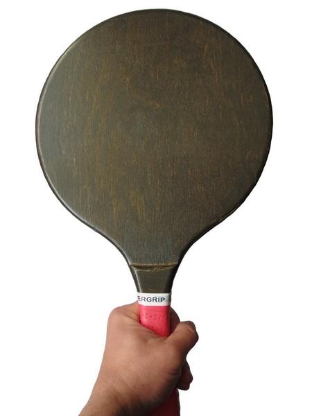 Round big black racquet_3